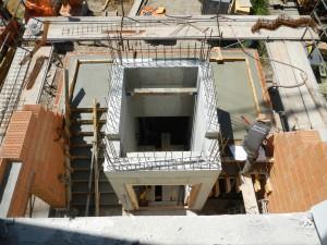 Treppe und Podest fertig betoniert
